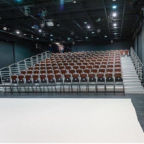 """Схема зала Театр """"Квартет И"""" в помещении ДК им. Зуева (малая сцена)"""