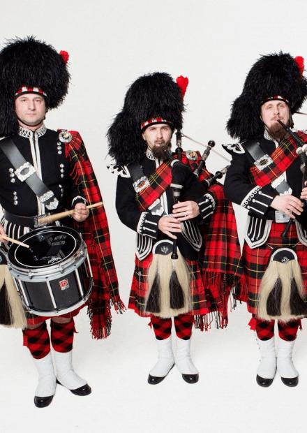 Рок-хиты на шотландских волынках