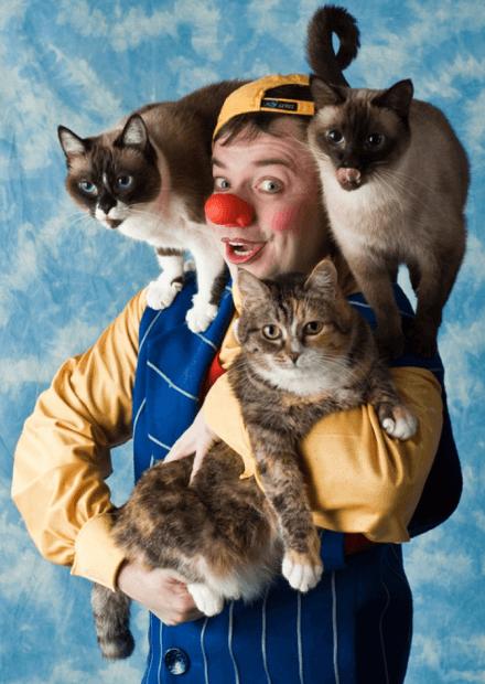 Дмитрий Куклачев и его кошки (Саратов)