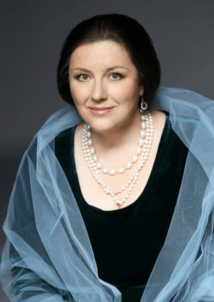 Екатерина Державина (фортепиано) и Яна Иванилова (сопрано)
