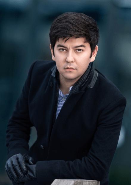Бехзод Абдураимов (фортепиано)