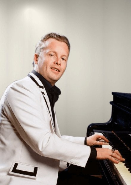 Даниил Крамер - Денис Мажуков